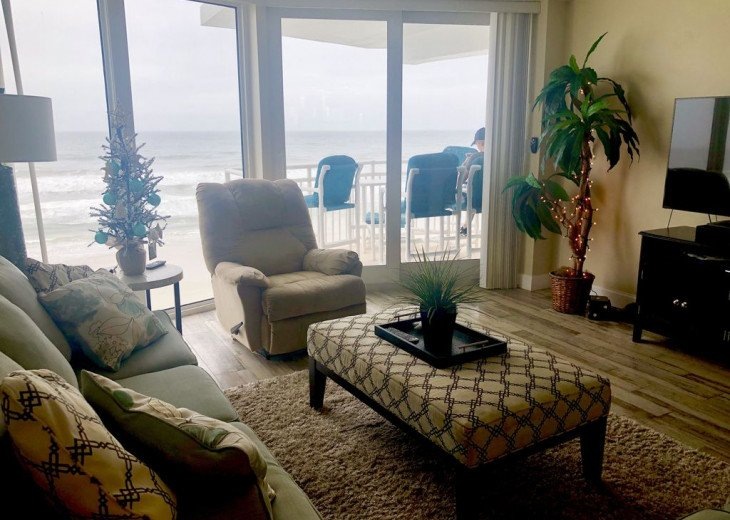 2019 FALL SPECIAL! Full kitchen and guest bath remodel direct ocean front. #25