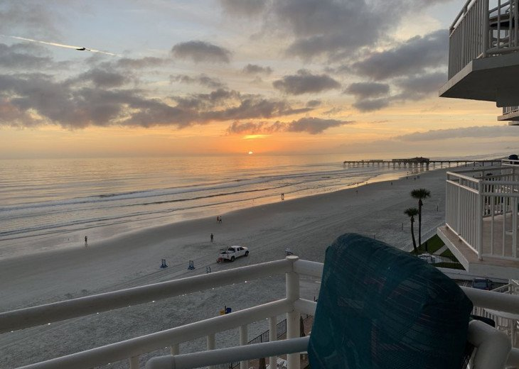2019 FALL SPECIAL! Full kitchen and guest bath remodel direct ocean front. #34