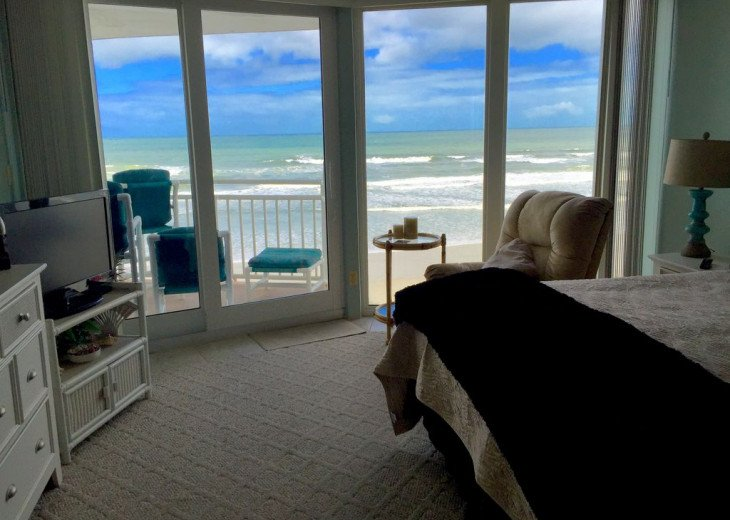 2019 FALL SPECIAL! Full kitchen and guest bath remodel direct ocean front. #11