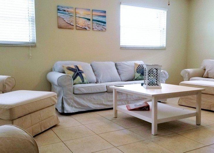 Cute Private Duplex- Just Steps To The Beach #4