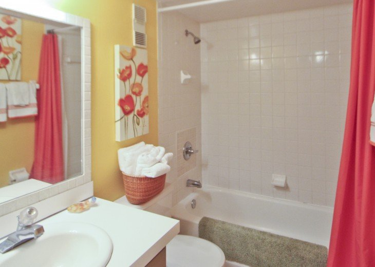 #309 Tropical Suite 2BD/2BA family friendly condo in non-driving beach zone #21