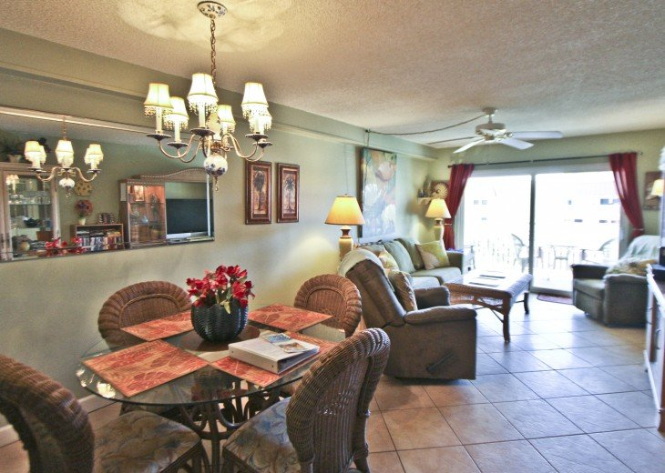 #309 Tropical Suite 2BD/2BA family friendly condo in non-driving beach zone #13