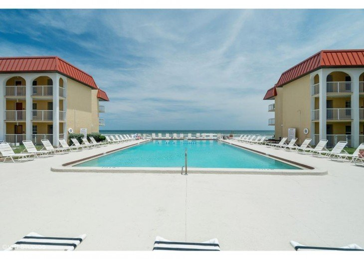 #309 Tropical Suite 2BD/2BA family friendly condo in non-driving beach zone #4