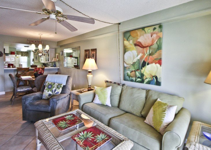 #309 Tropical Suite 2BD/2BA family friendly condo in non-driving beach zone #10