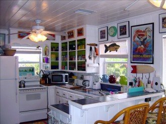 'Mi Casa,' Charming & Colorful Beach Retreat #1