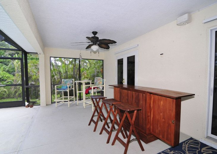 Melbourne Beach bungalow-Four bedroom with heated pool two blocks from beach #20