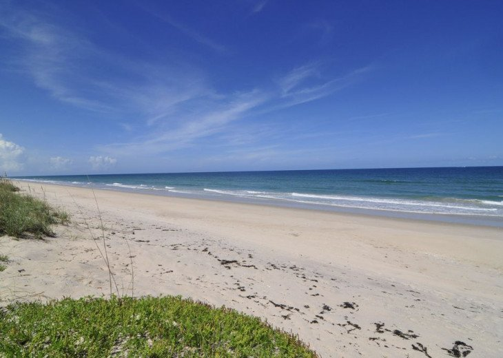 Melbourne Beach bungalow-Four bedroom with heated pool two blocks from beach #21