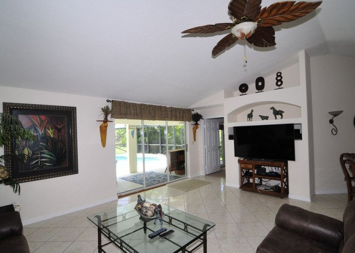 Melbourne Beach bungalow-Four bedroom with heated pool two blocks from beach #2