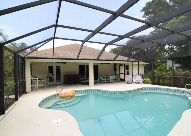 Melbourne Beach bungalow-Four bedroom with heated pool two blocks from beach #17