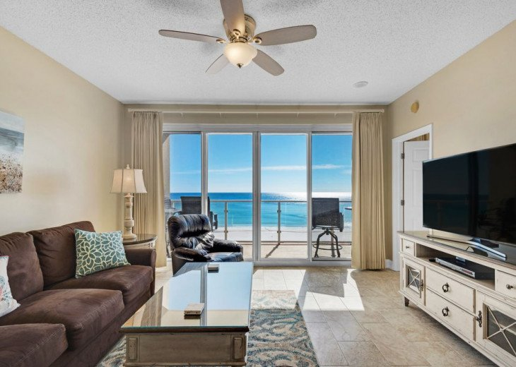 Large 2BDR Beach Front, Free Beach Service, covered parking #13