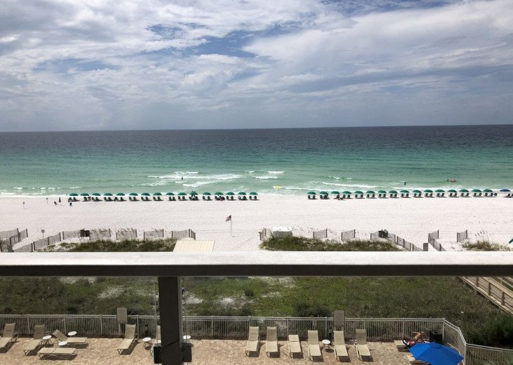 Large 2BDR Beach Front, Free Beach Service, covered parking #32