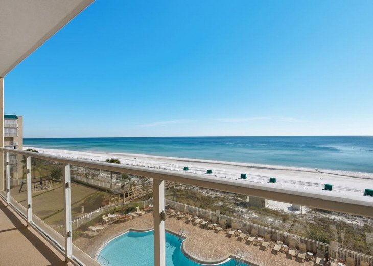 Large 2BDR Beach Front, Free Beach Service, covered parking #29