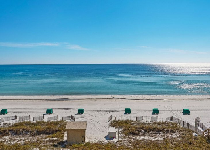Large 2BDR Beach Front, Free Beach Service, covered parking #30