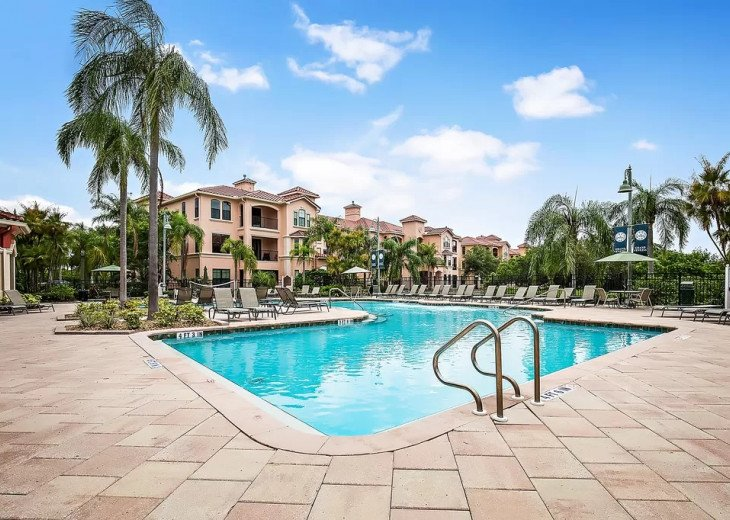 Affordable Luxury -Waterfront- Main Floor -Steps away from Pool and Clubhouse #23