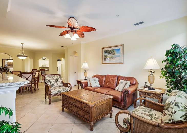 Affordable Luxury -Waterfront- Main Floor -Steps away from Pool and Clubhouse #4