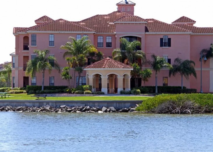 Affordable Luxury -Waterfront- Main Floor -Steps away from Pool and Clubhouse #9