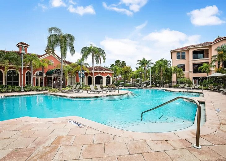 Affordable Luxury -Waterfront- Main Floor -Steps away from Pool and Clubhouse #11