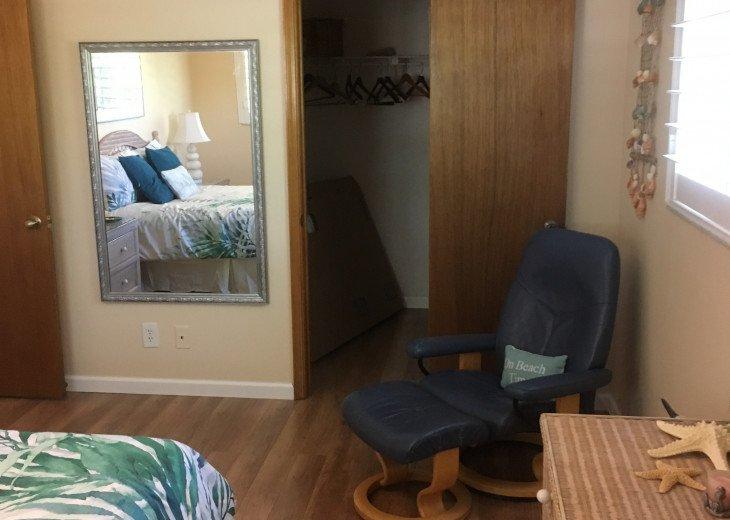 Master sitting area and closet