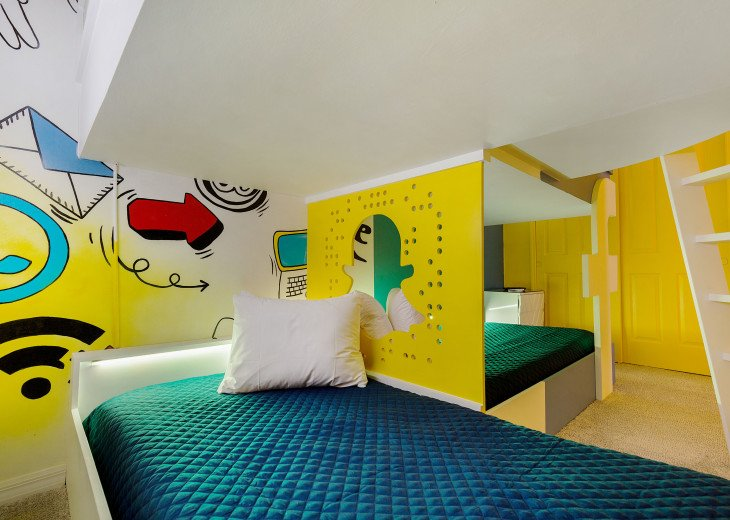 Stunning Design, Modern Comfort & Disney Entertainment 8 BR's Orlando Villa #3