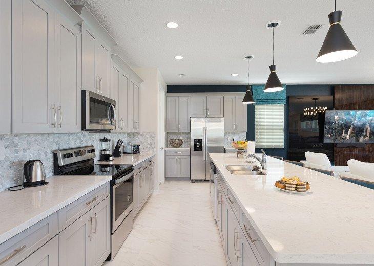 Stunning Design, Modern Comfort & Disney Entertainment 8 BR's Orlando Villa #24