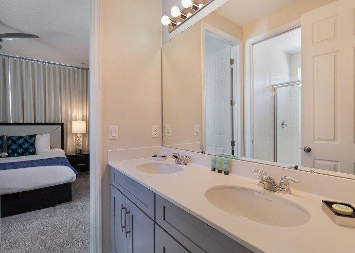 Stunning Design, Modern Comfort & Disney Entertainment 8 BR's Orlando Villa #13