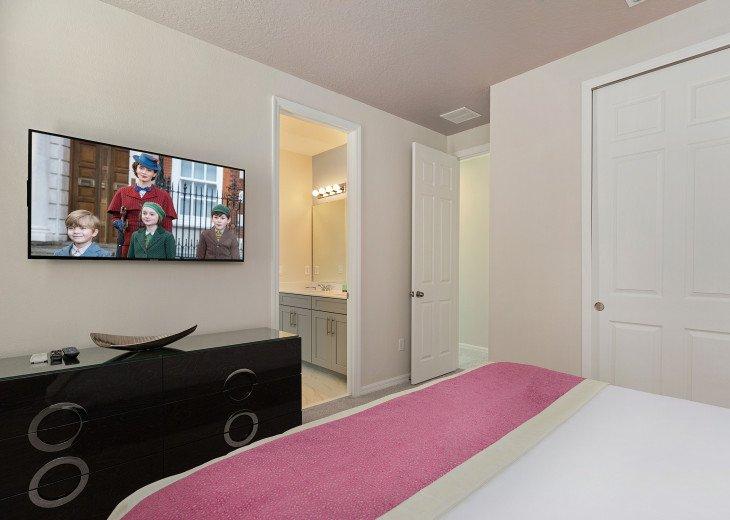 Stunning Design, Modern Comfort & Disney Entertainment 8 BR's Orlando Villa #12