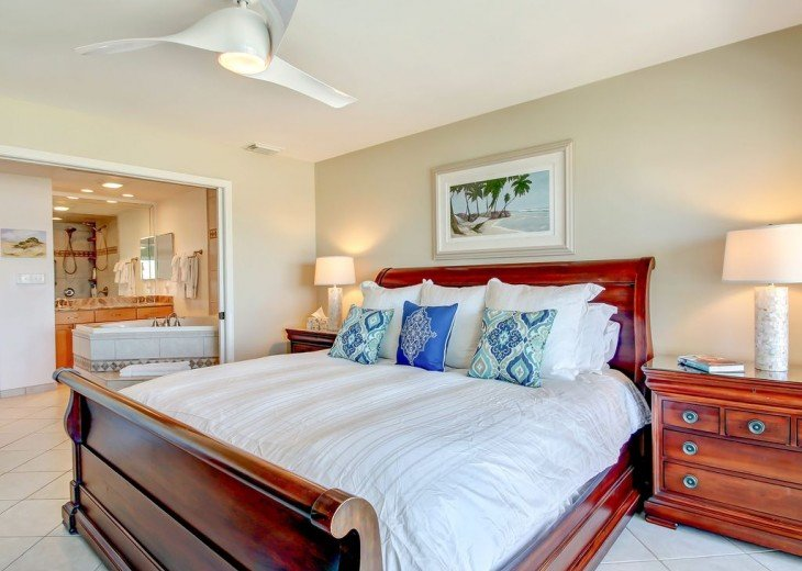 Every Room Fronts the Ocean, 2 King Master Suites, 3 HDTVs, 2 Pools WiFi Tennis #2