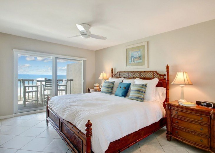 Every Room Fronts the Ocean, 2 King Master Suites, 3 HDTVs, 2 Pools WiFi Tennis #36