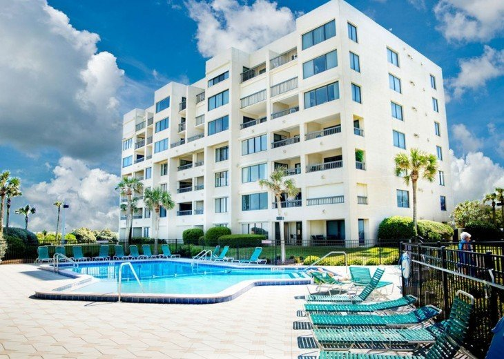 Every Room Fronts the Ocean, 2 King Master Suites, 3 HDTVs, 2 Pools WiFi Tennis #46