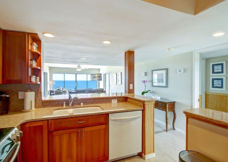 Every Room Fronts the Ocean, 2 King Master Suites, 3 HDTVs, 2 Pools WiFi Tennis #22