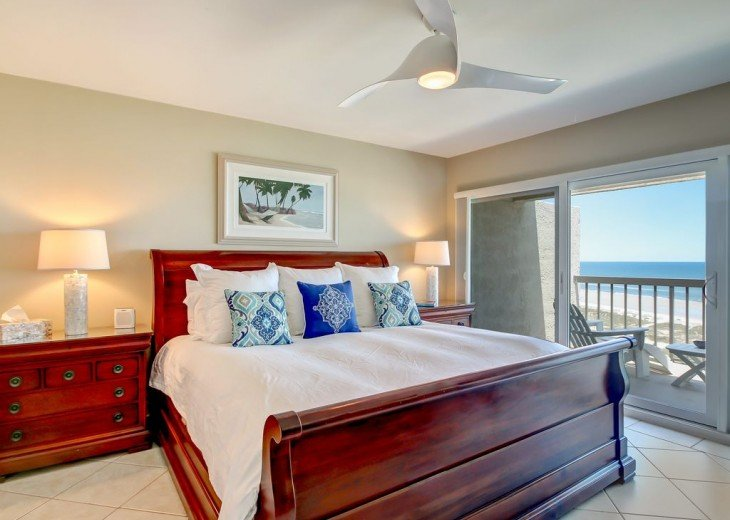 Every Room Fronts the Ocean, 2 King Master Suites, 3 HDTVs, 2 Pools WiFi Tennis #11