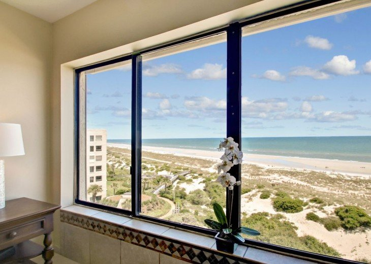 Every Room Fronts the Ocean, 2 King Master Suites, 3 HDTVs, 2 Pools WiFi Tennis #9