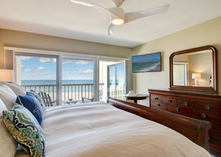 Every Room Fronts the Ocean, 2 King Master Suites, 3 HDTVs, 2 Pools WiFi Tennis #10