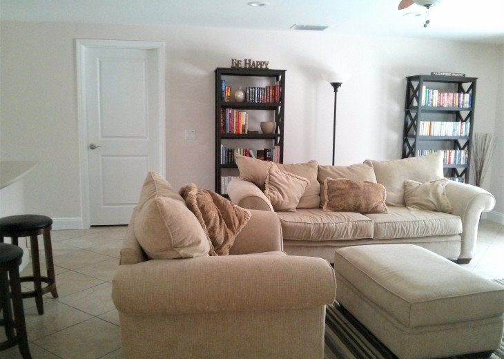 Enjoy the Florida sunshine! Large pool area to dine, entertain or just chill. #8