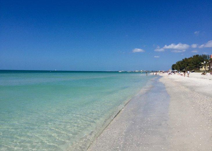 Nice, large 1bd on Intercoastal - walk to beach, restaurants, shops! #1
