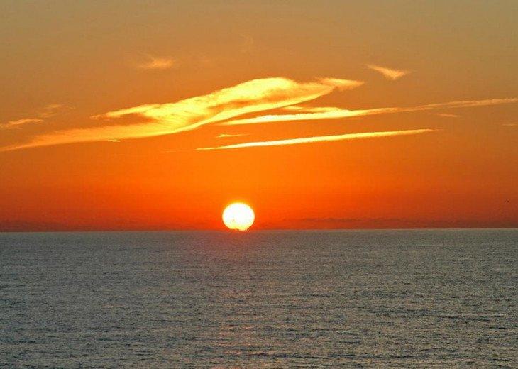 Direct Beachfront Gulf Condo #7