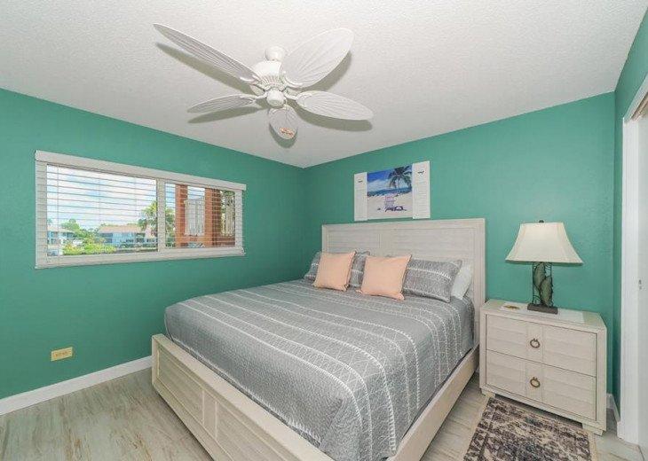 Direct Beachfront Gulf Condo #9