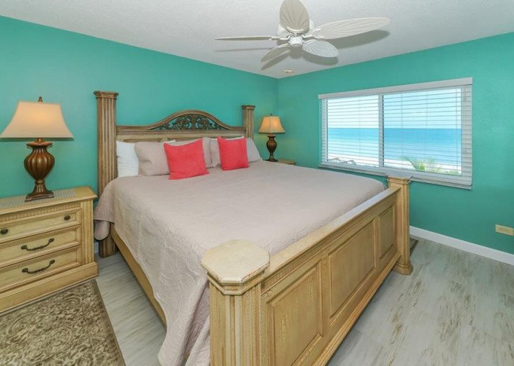 Direct Beachfront Gulf Condo #2