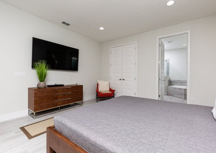 Fairway Comfort | 6 Bedroom 6.5 Bath Pool Villa with Movie Room! #30