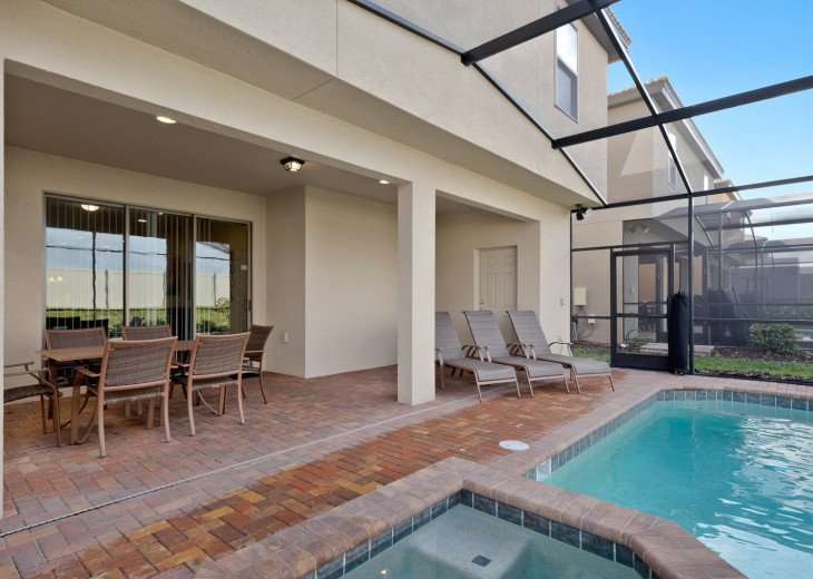 Westside Charm | 7 Bed Private Pool Home #19