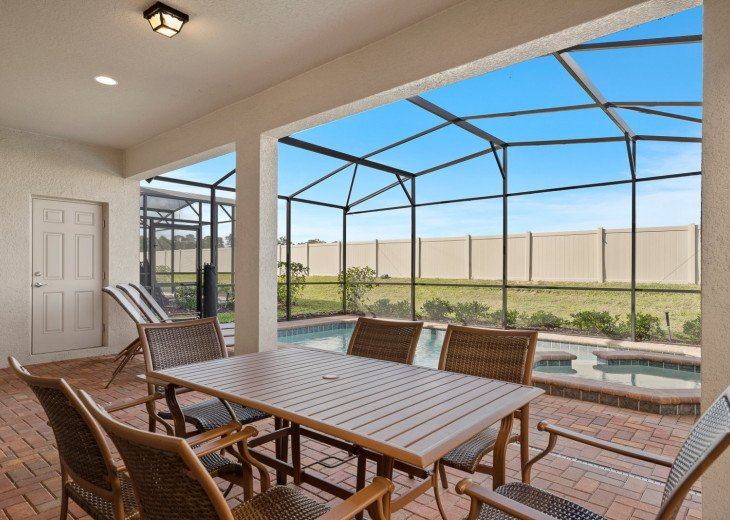 Westside Charm | 7 Bed Private Pool Home #4