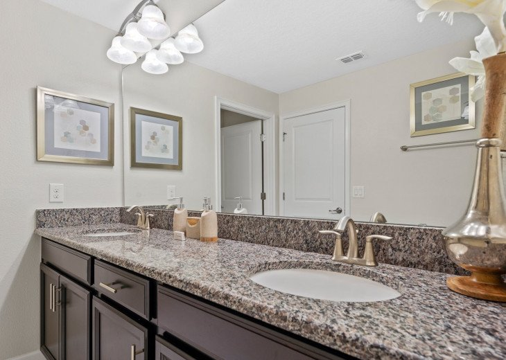 Champions Breeze | 5 Bed Townhome in Champions Gate #21