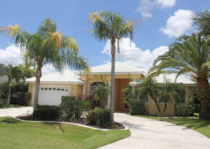 CapeCoralRentalHouses House 25 - Sunset Cove - Western Exposure, Sailboat Access #27