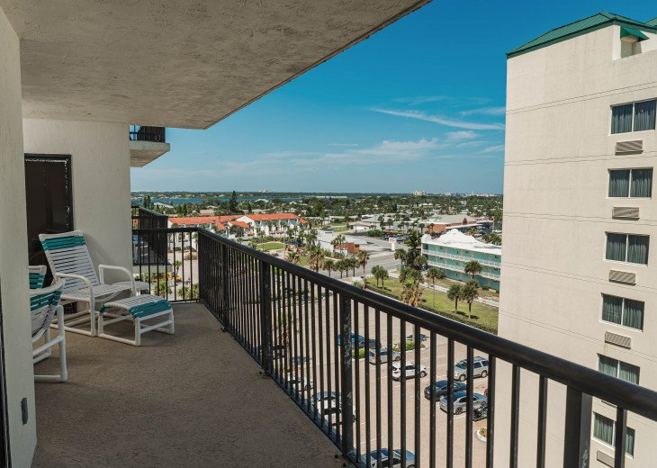 AWESOME OCEAN VIEWS AND SUNSETS Remodeled 2/2 Condo, HEATED POOL, FREE WIFI - 7D #12