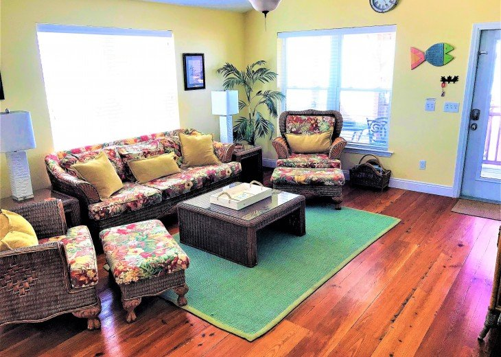 Gulf front w/ panoramic views!!HUGE screened porch & Outdoor kitchen!Beach gear! #6
