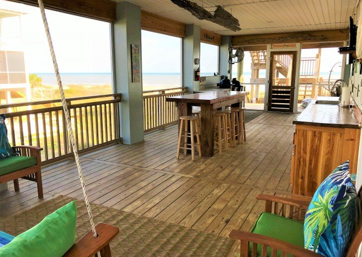 Gulf front w/ panoramic views!!HUGE screened porch & Outdoor kitchen!Beach gear! #25
