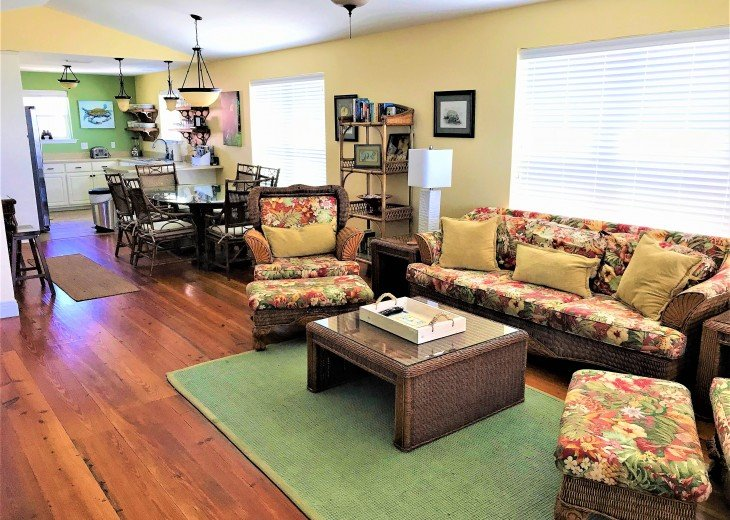 Gulf front w/ panoramic views!!HUGE screened porch & Outdoor kitchen!Beach gear! #7