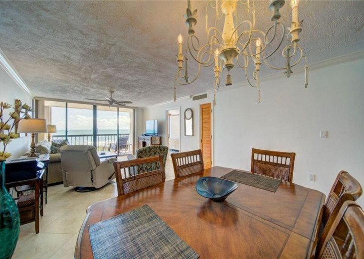 """Steps away from paradise """"Island Crest"""" Oceanview Condo #12"""