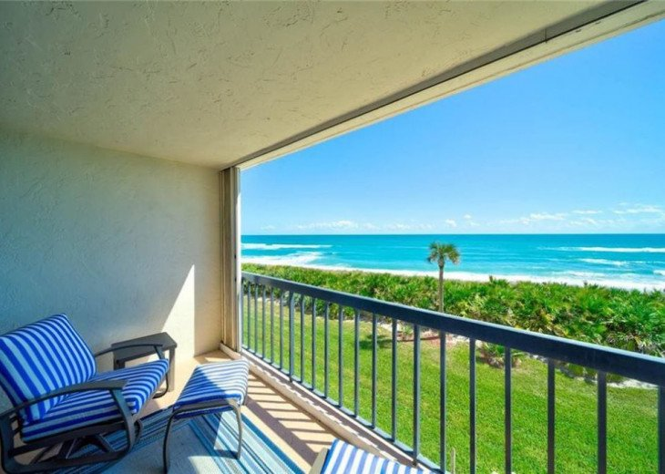 """Steps away from paradise """"Island Crest"""" Oceanview Condo #10"""
