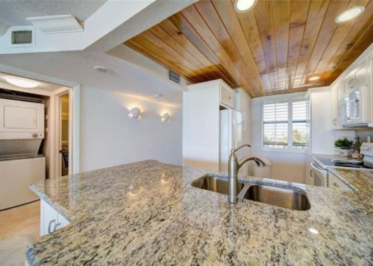 """Steps away from paradise """"Island Crest"""" Oceanview Condo #18"""